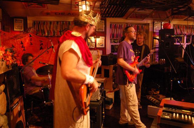 ldead2008-10-31-035-small.jpg